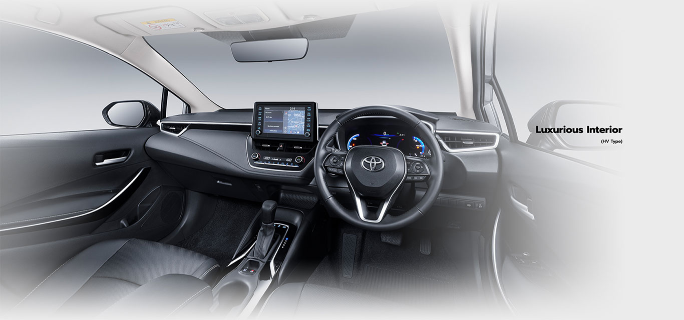 toyota-altis-hybrid-interior-features-1