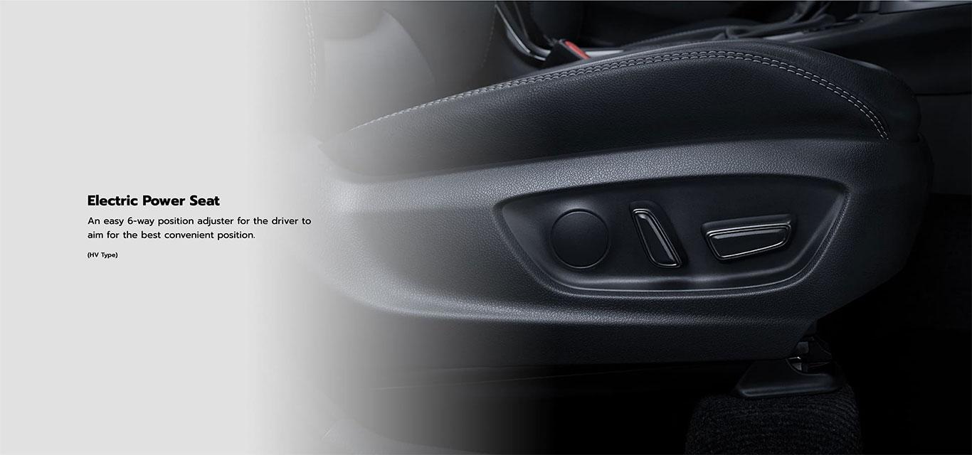 toyota-cross-hybrid-interior-features-6
